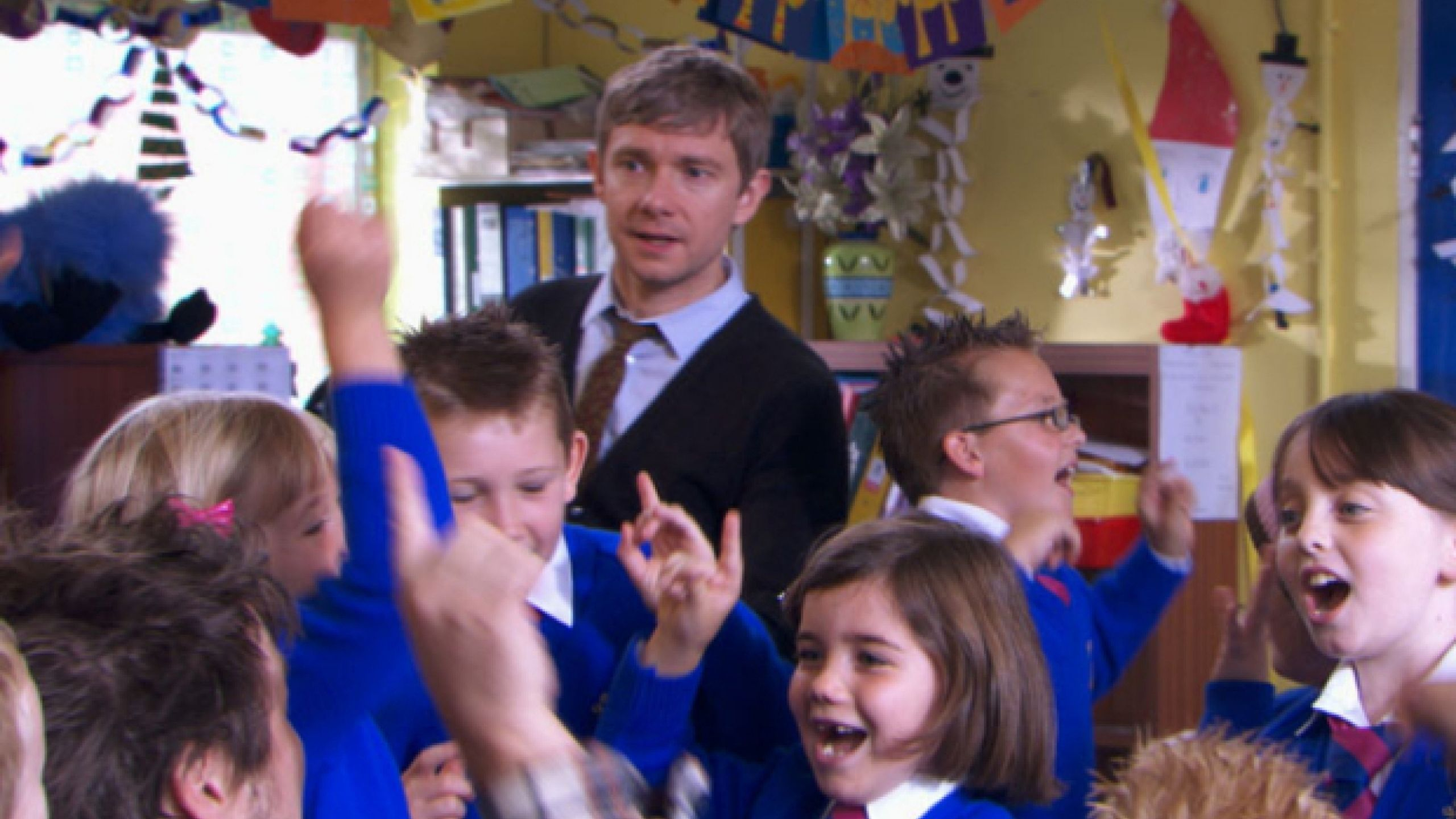 Martin Freeman in a busy school corridor